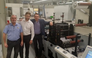 Alan Town from Paragon Inks, Henri Massyn from GM Graphix, and Arnaud Fleuren from MPS with the EF 340