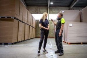 New sustainable glue in corrugated packaging