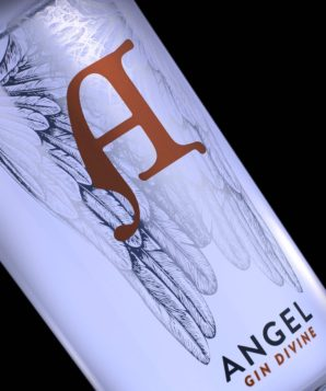 Royston produces 3-in-1 label for Angel Gin Divine